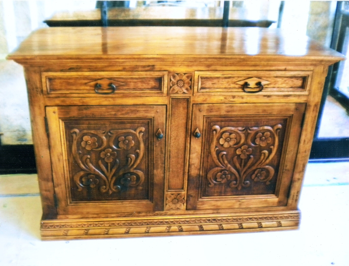 Walnut 16th Century Italian Chest